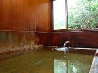 雄大な恵山の自然に囲まれた温泉旅館『恵山温泉 恵山温泉旅館』。