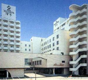 湯 の 川 プリンス ホテル 渚 亭